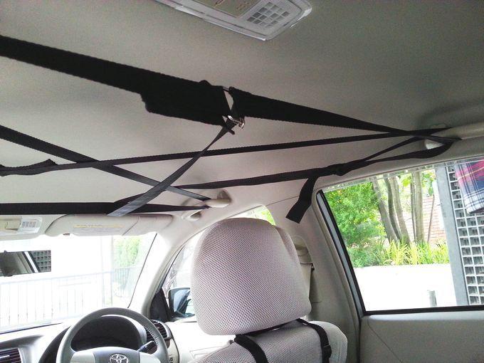 車内の天井に収納スペースを 200円と3分で作る秘策 収納