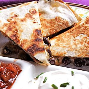 5 Flavor-Filled Toddler Finger Foods: Bean and Cheese Quesadillas (via Parents.com)