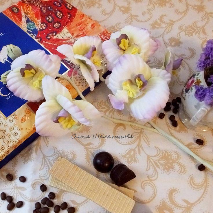 Орхидея из японского бархата
