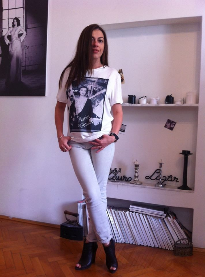 Tatiana knows what is hot in Bucharest!  vist her blog http://thehotspotgirl.com/.