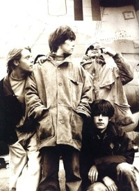 The Stone Roses were to British rock in the 80's and 90's what Nirvana was to the grunge movement in the US. Love them.<3
