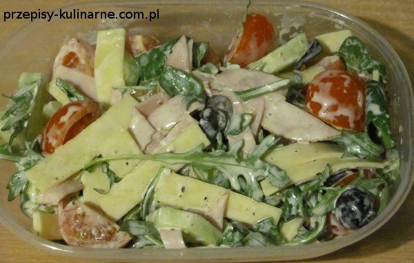 salatka z wedlina i serem