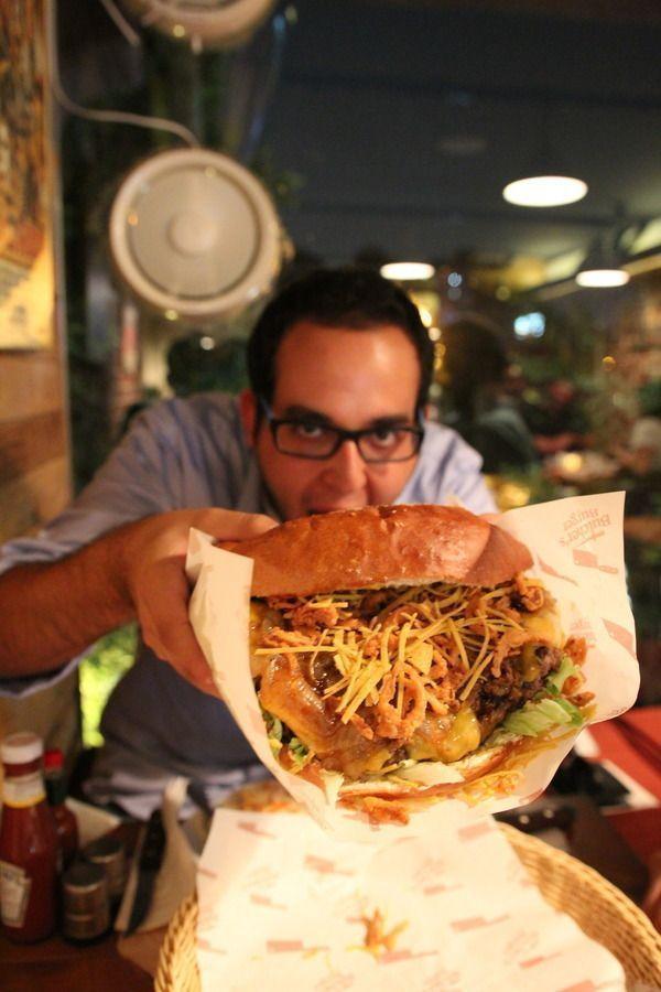Best 25+ Biggest burger ideas on Pinterest   Worlds largest pizza ...