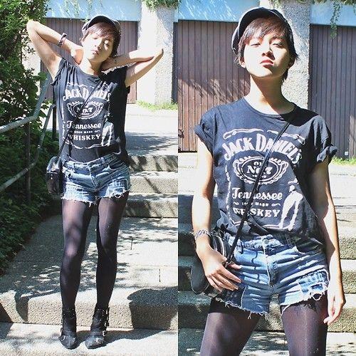 jack daniels tshirt grunge | Tram Anh - Volcom Beret, Jack Daniels T Shirt, H&M Patent Bag, Cheap ...