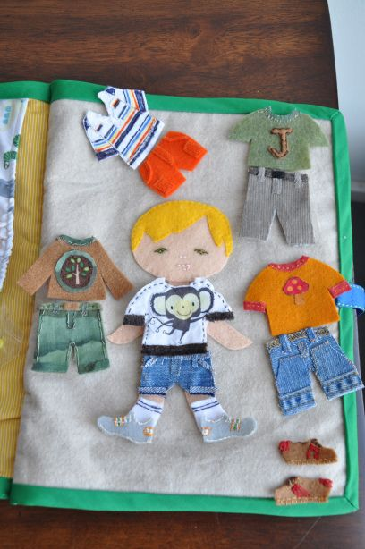 felt dress up dolls book