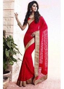 Sublime Sari Rouge brodé sur les po
