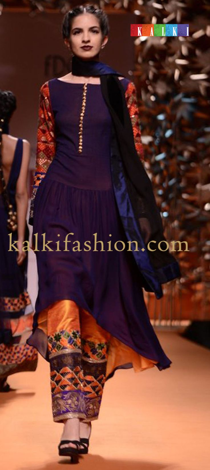 http://www.kalkifashion.com/designers/manish-malhotra.html navy-blue-trail-cut-suit-with-geometric-embroidery