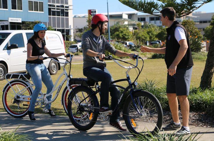 Dan showing Nik & Sarah from EBC team how to ride !!!