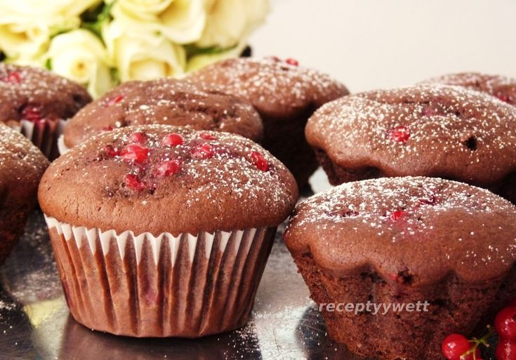 Kakaové muffiny s ríbezľami
