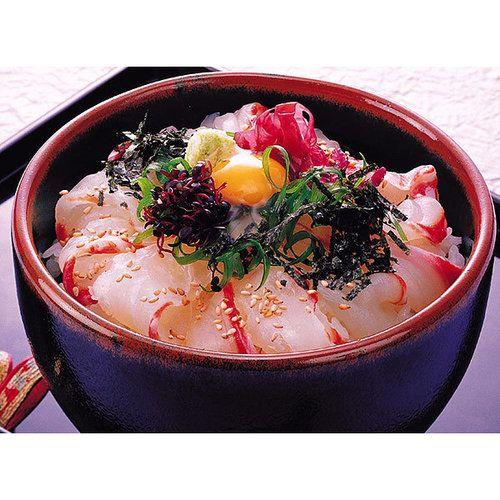 愛媛県宇和島市の郷土料理です。秀長が作る鯛めしは、真鯛と昆布・花鰹の風味豊かなたれ・薬味をセットにして急速冷凍でお届けします。