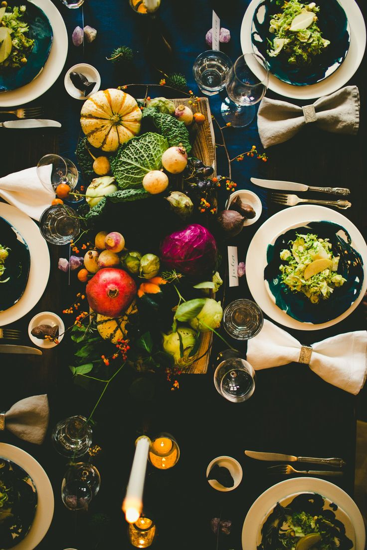 How I set a swanky Thanksgiving table: 5 tips for decorating on a budget