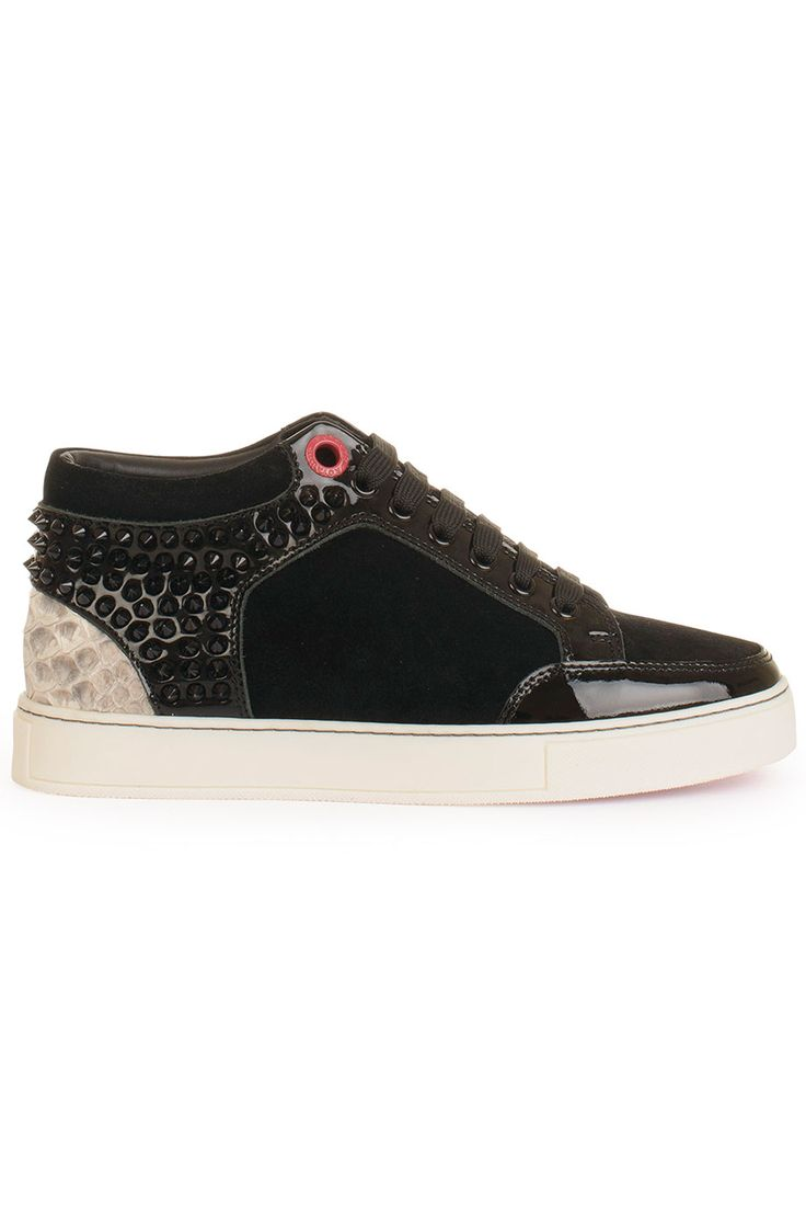 Stoere Royaums kilian, KL01BLW black (zwart) Dames sneakers van het merk royaums . Uitgevoerd in zwart.