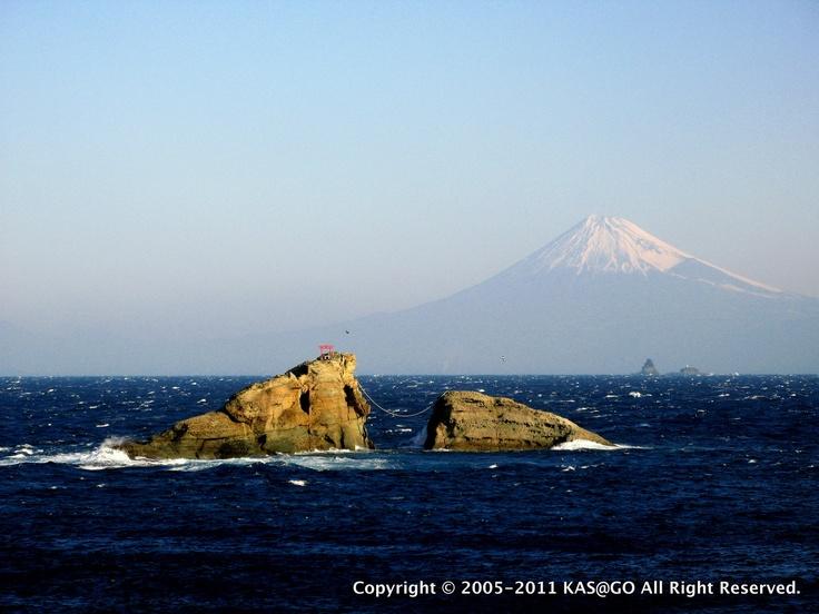 雲見牛着岩と富士山
