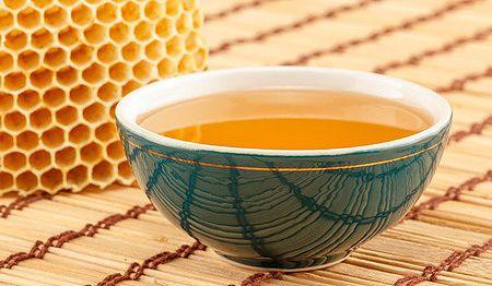 Házi bútorápoló méhviasszal