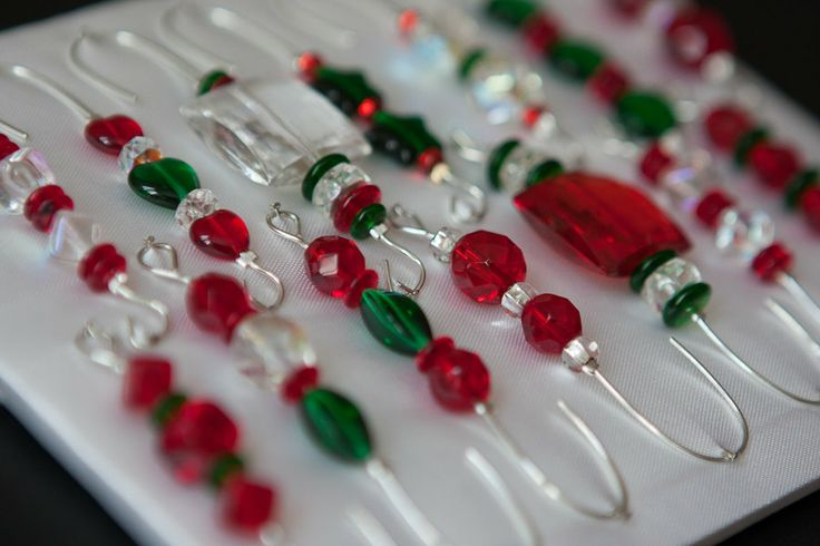 Christmas Tree Ornament Hooks Free Shipping : Beaded ornament hook hangers box of red and green