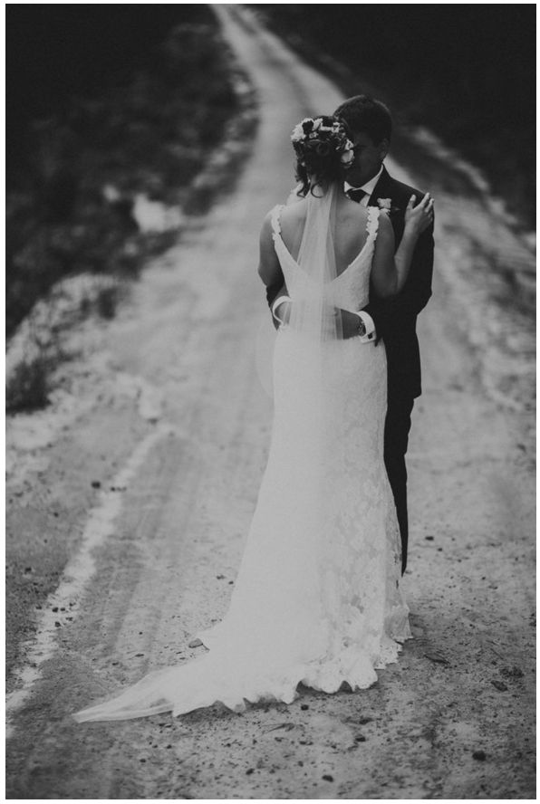 4bridal gown tany anic photography thomas stewart (1).png