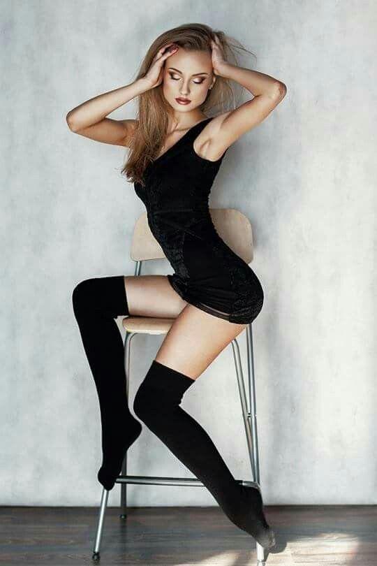 Simple pose