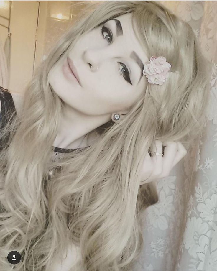 @fvk.trash Looking gorgeous and beautiful in Lush Wigs - Fawn  Just wow  Fawn is available now from Lushwigs.com #lushwigsfawn #wig #lushwigs #gorgeous #blondehair