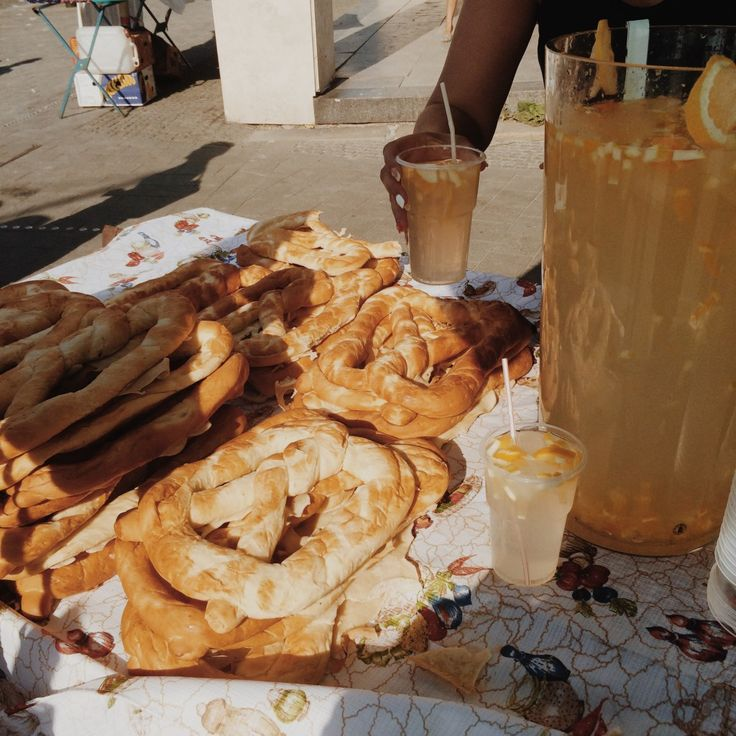 homemade lemonade and bread stand in Budapest, Hungary | http://www.themiddlerack.com/p=930