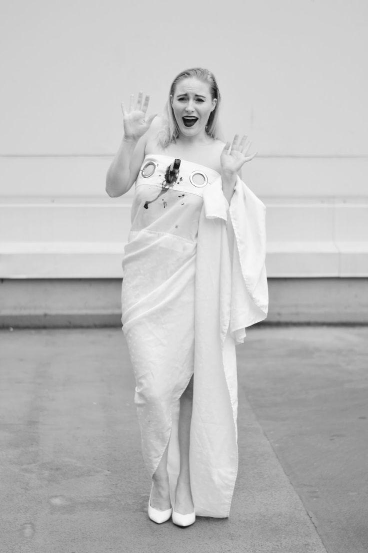 Fashionable (thrifted) Halloween 2016 costume idea for women: Psycho shower scene @saversvvillage
