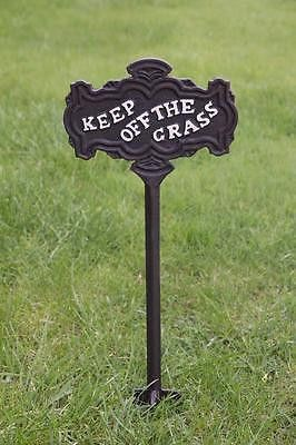 This antique look garden sign is sure to deter unwanted intruders from stepping on your lawn. Durable cast iron will ensure years of service.