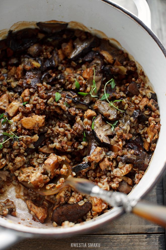 Buckwheat Groats with Mushrooms and Chicken