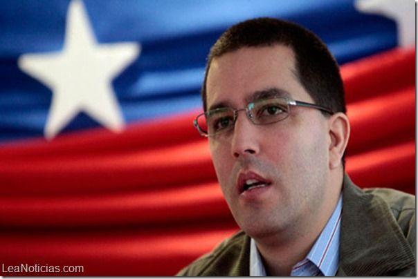 """Arreaza afirma que anuncios económicos emitidos el miércoles causaron """"nerviosismo en la burguesía"""" - http://www.leanoticias.com/2014/01/17/arreaza-afirma-que-anuncios-economicos-emitidos-el-miercoles-causaron-nerviosismo-en-la-burguesia/"""