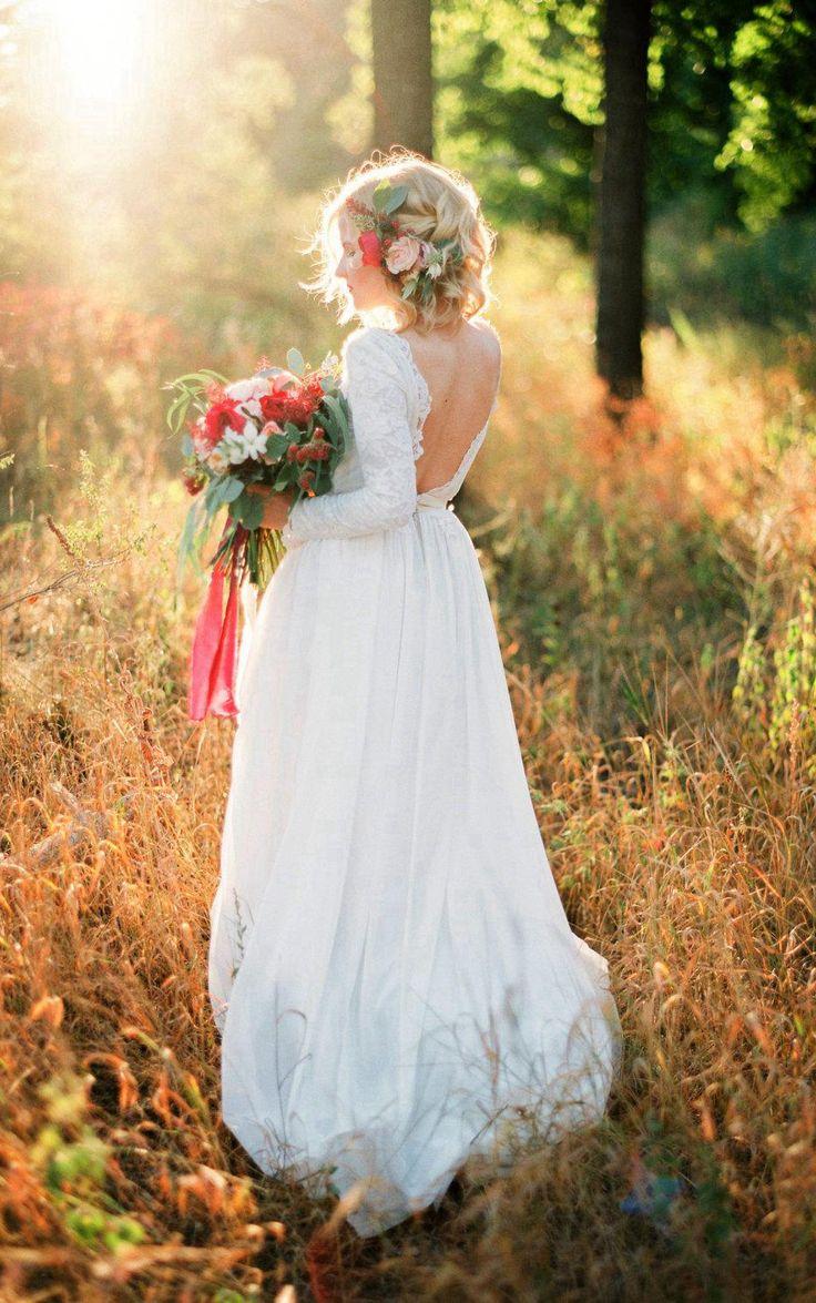 Open Back Lace Bodice Wedding Dress at $157.50 at June Bridals! We offer off the shoulder wedding dresses, long sleeve wedding dresses, lace wedding dresses and many other affordable wedding dresses, shop before the sale ends! #junebridals