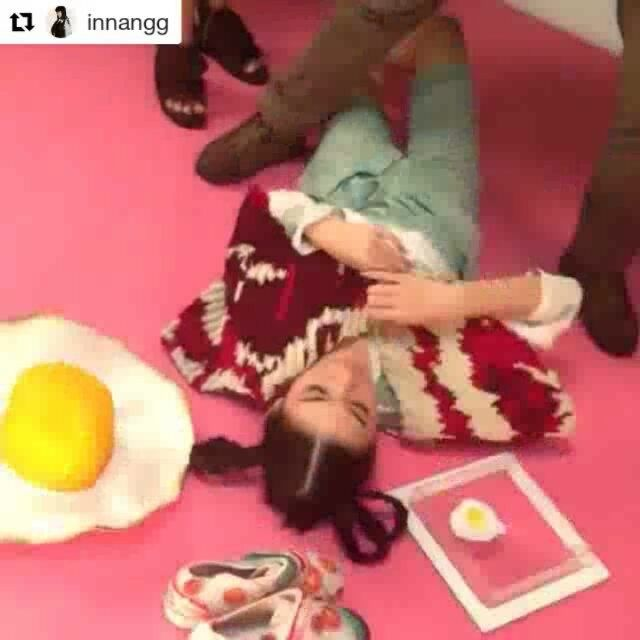 Behind the scene of our Sunny Side Up Egg summer hat that got featured in @gadismagz Ed. 10, May 2016 Issue.  Wardrobe & shoes: @melita_ Model: @pattdevdex Stylist: @innangg  Makeup & Hair do: @tsakeru Photographer: @ikitody Design Graphic: @catherinejusak  #iwearphilotopi #zerofoodwaste #stopglobalwarming