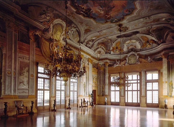 Ca' Rezzonico, Venice, Italy. Ballroom. - HOURS: from April 1st to October 31st 10 am – 6 pm (ticket office 10 am – 5 pm)  from November 1st to March 31st 10 am – 5 pm (ticket office 10 am – 4 pm)                       CLOSED TUESDAYS  Ticket Full price: 8,00 €  INCLUDED IN MUSEUM PASSES - Full price 'Museum Pass': 24,00 €   Vaporetti:  From Piazzale Roma: Line 1 Ca' Rezzonico stop From Santa Lucia Railway Station: Line 1 Ca' Rezzonico stop From Lido di Venezia: Line 1 Ca' Rezzonico stop