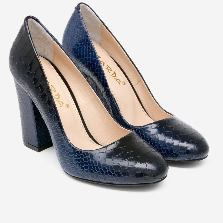 Pantofi navy din piele naturala cu aspect de piele de reptila Lilo | Pantofi office cu toc gros | Dasha.ro