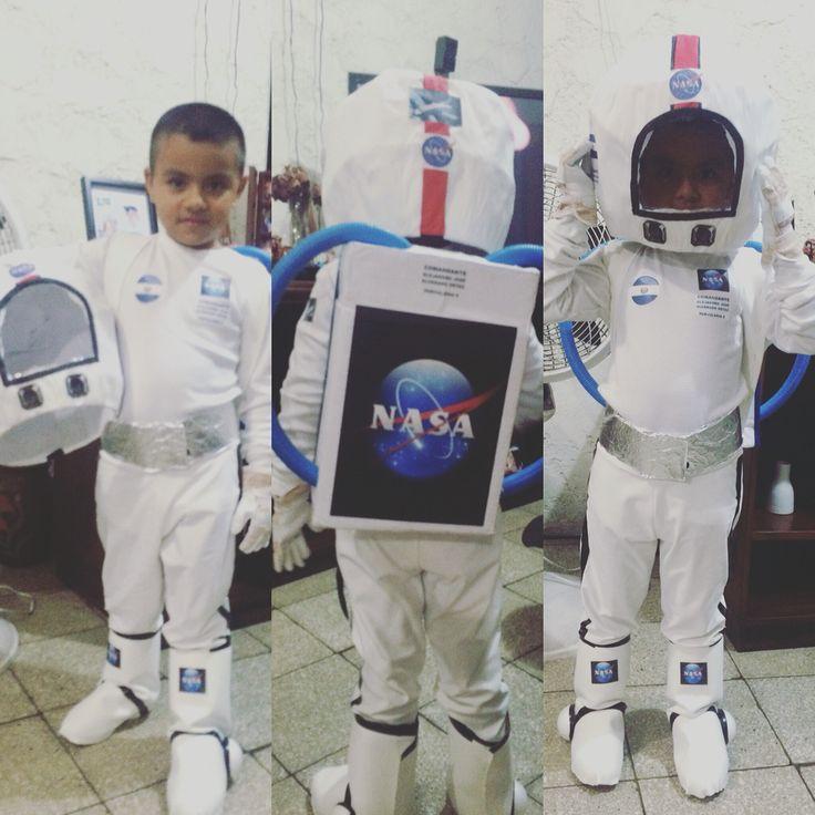 Disfraz de astronauta hecho por mi papá y yo!
