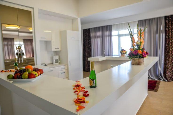 Superior three rooms apartment - kitchen - Phoenicia Holiday Resort, North Mamaia, Constanta, Romania