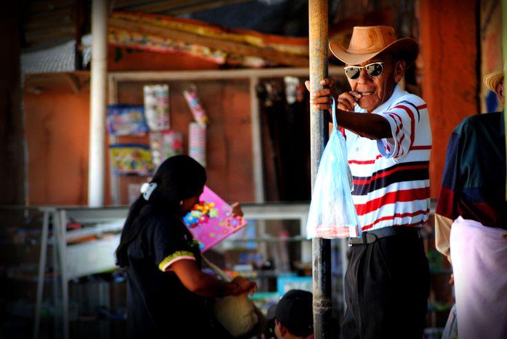 Desert histoy behind dark glasses (Uribia - Guajira Desert)