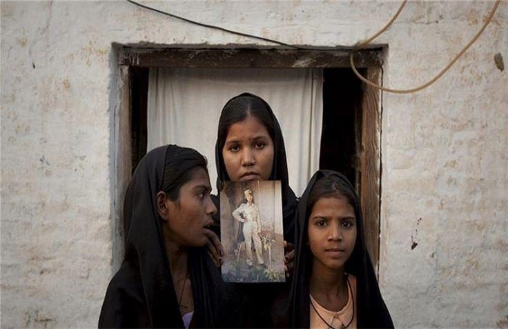 13 октября, Верховный Суд Пакистана отложил на неопределенный срок рассмотрение апелляции по делу христианки Асии Биби, приговоренной к смертной казни за богохульство, сообщает 316NEWS со ссылкой на invictory.com. Рассмотрение апелляции было отложено, после того как судья Икбал Хамид ур Рехман заяв