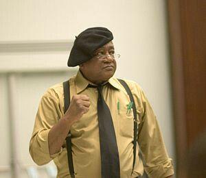 """Robert """"Bobby"""" George Seale(Dallas,22 de outubrode1936) é um ex-ativistapolítico doMovimento dos Direitos CivisnosEstados Unidose co-fundador doPartido Político de Autodefesa Panteras Negrasem1966, naCalifórnia."""