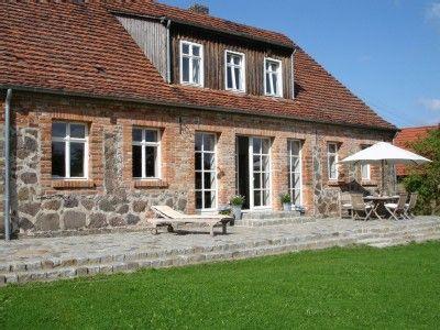 Ferienhaus Brandenburg Terrasse aus Natursteinen