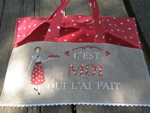 LES BRODEUSES PARISIENNES ''Fait maison'' Un dimance a la Campagnie c'est moi qui l'ai fait. Sac à tarte