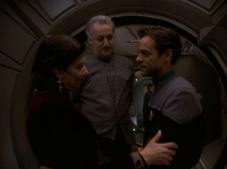 DS9 season 5 Episode 16 Doctor Bashir, I Presume Star Trek DS9 - dr bashir i presume