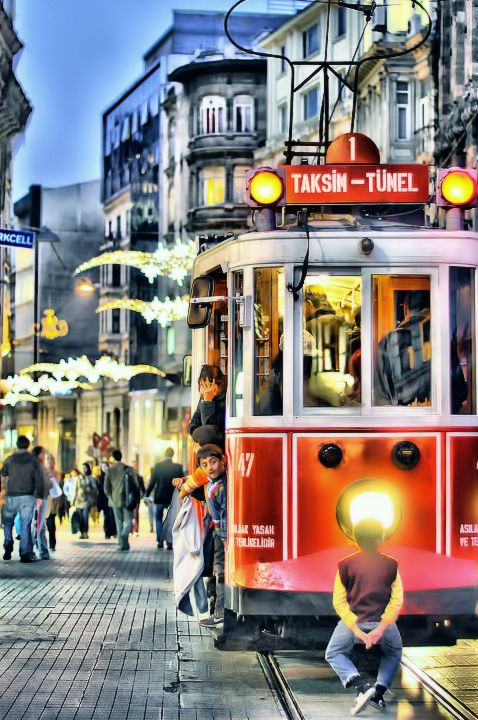 Taksim - Tünel hdr,city,street,light,istanbul,taksim,train,tunelt,urkey,istiklal,children,landscapes,beyoglu,istiklal caddesi