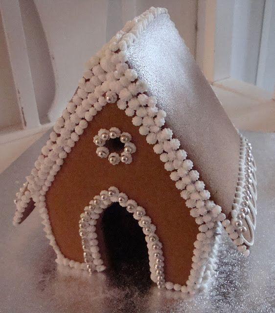 Himmelske kager: Peberkagehus anno 2011