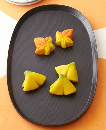 autumn wagashi: Ginkgo and Japanese maple
