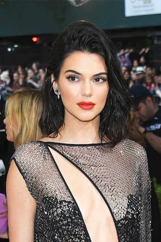 No matter how short you go with your hair this summer, our favorite it girls like Kendall Jenner, Bella Hadid, and Lucy Hale, prove there's a way to make any hairstyle look chic.