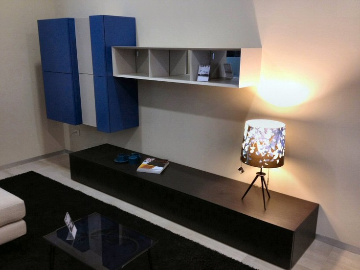 The showroom Padovani is constantly renewed to give customers new opportunities to reach out and touch the quality of the proposals. Here we see the new production day / night Pianca the Italian design company with the best value for money on the market.