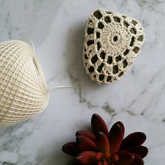 One stone covered. It's a rocking new year's eve! #crochet #crochetersofinstagram #wamberalstones #crochetstones