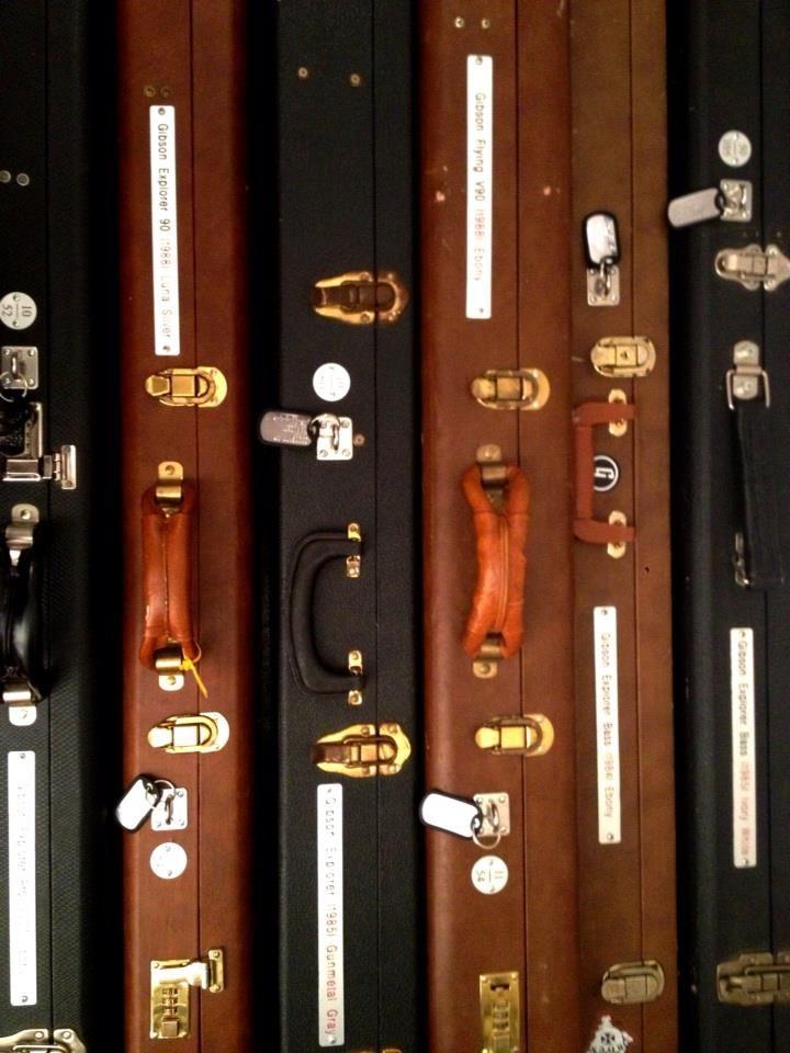 Gibson Explorer Cases, Guitars & Basses #cases #gibson #explorer #bass #guitar #marcokrasinski #rigrundown