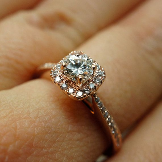 14k Rose Gold Solitaire Square Halo Diamond Engagement