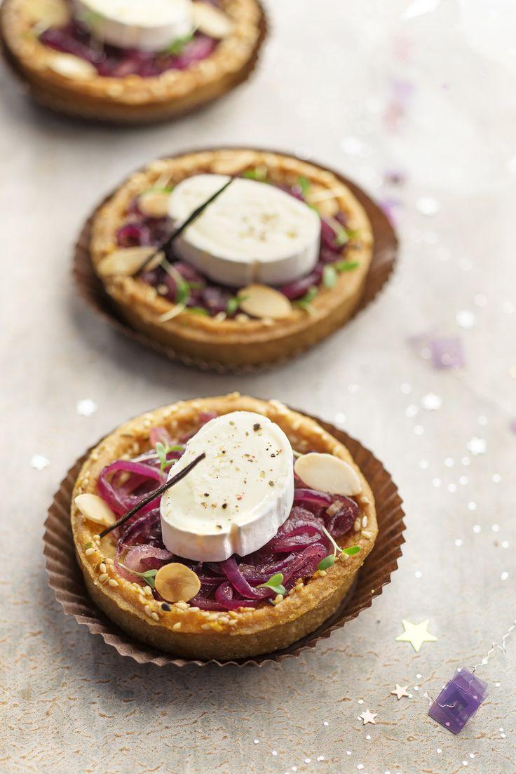 Des mini tartelettes au confit d'oignons qui peuvent être servies en apéritif pour les repas du réveillon.