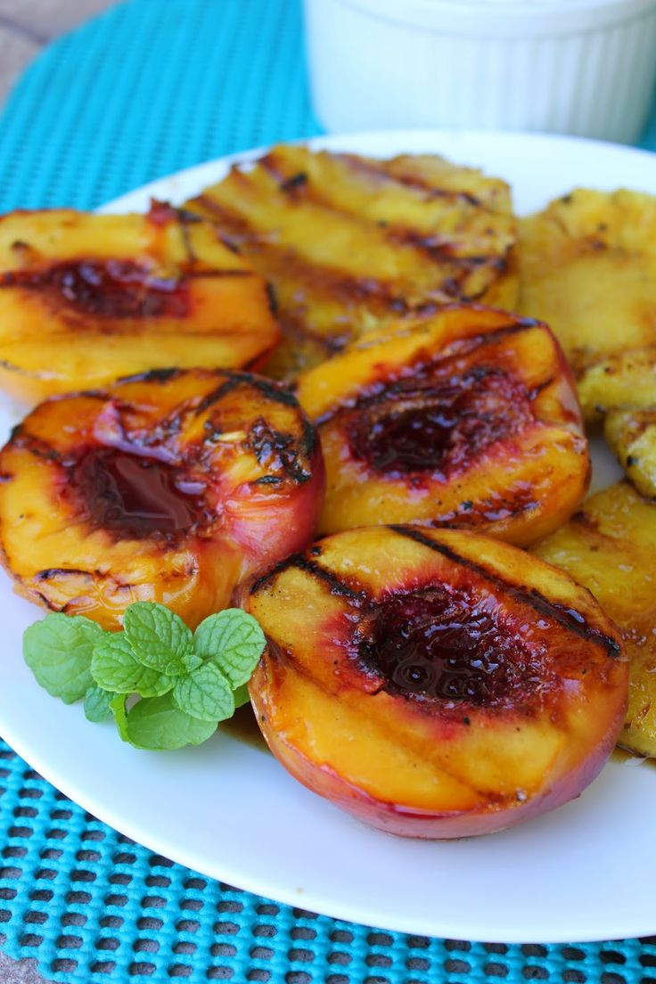 Need a healthy dessert option that's under 100 calories? Try these amazing Honey Lime Grilled Peaches and Pineapple. Serve the grilled fruit with some low fat vanilla ice cream or yogurt and you have a dessert everyone will love...and so will your waistline ;) By Deals to Meals