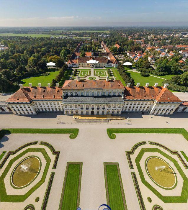 New Palace Schleissheim, Germany, by T. Emrich http://www.360cities.net/image/luftaufnahme-neues-schloss-schleissheim#-0.01,39.33,110.0